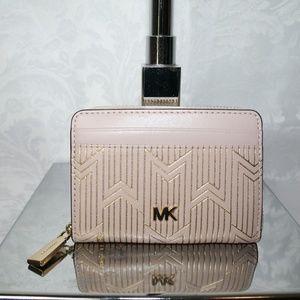 Michael Kors Bags - MICHAEL KORS MONEY PIECES ZIP AROUND CARD CASE